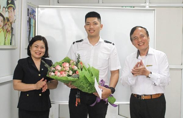 Trung tâm Đào tạo Hàng không Việt Nam biểu dương khen thưởng các học viên có thành tích học tập xuất sắc